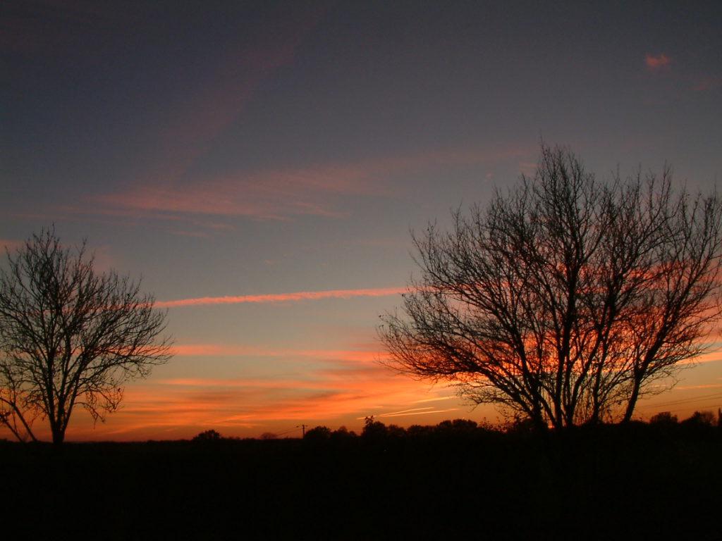 tonondergaande zon in Aurignac